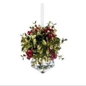 New! Kissing Krystal Sugar Plum Ornament